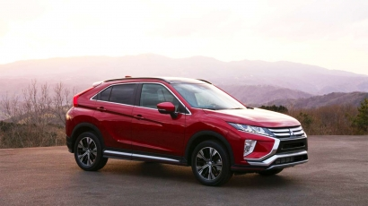 zijkant eclipse cross