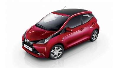 Toyota AYGO x-Wave rood