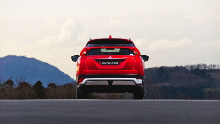 achterkant eclipse cross