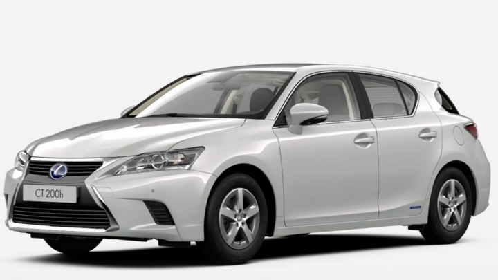 Lexus Deal CT 200h Premium Edition Sonic Whit Metallic