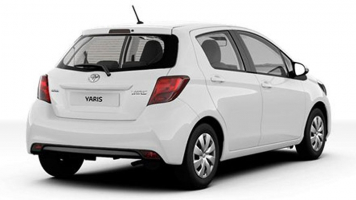 Toyota Yaris x-now x-play studio wit achter