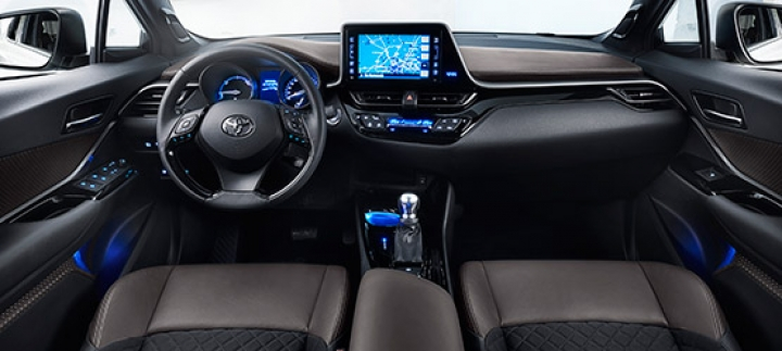 Toyota C-HR First Edition interieur