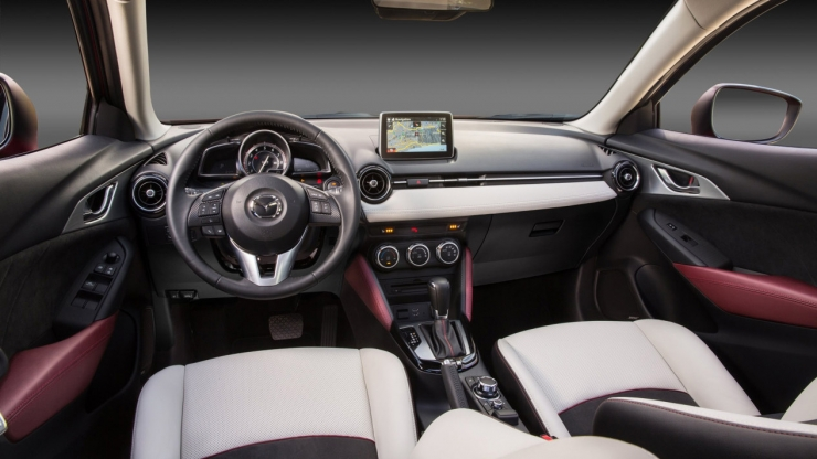 Mazda CX3 interieur dashboard