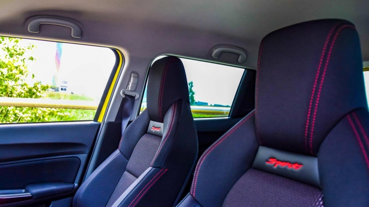 Suzuki Swift Sport interieur