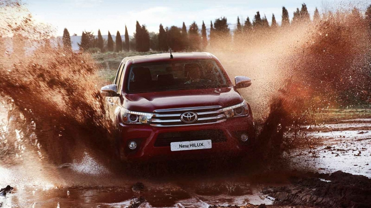 Toyota Hilux offroad 4wd pickup