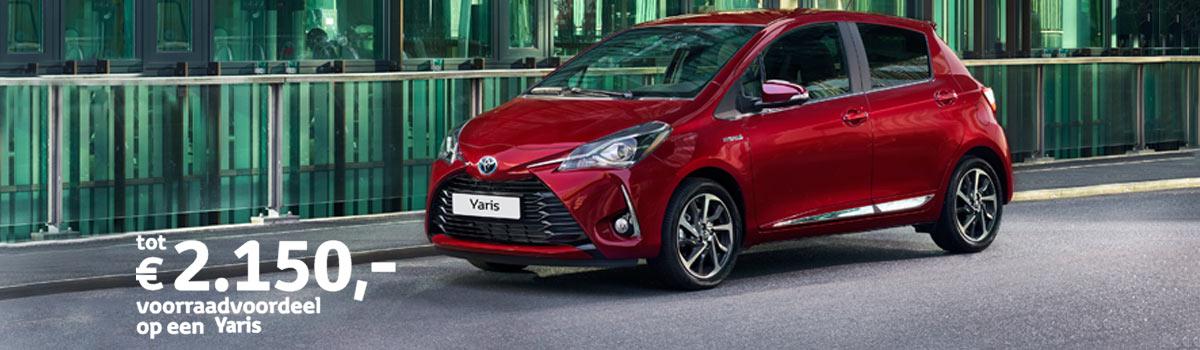 Van Dorst Toyota Yaris Aspiration Navigator Voorraadvoordeel